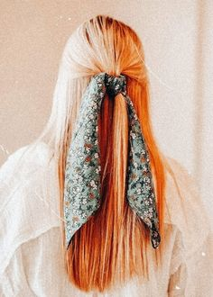 Teen Hairstyles, Scarf Hairstyles, Pretty Hairstyles, Hair Inspo, Hair Inspiration, Cabelo 3c 4a, Medium Hair Styles, Curly Hair Styles, Pelo Vintage