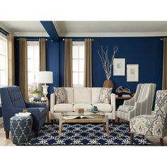 Blue Living Room Decor - What colors go with navy blue? Blue Living Room Decor - What colors go well with sky blue? Navy Living Rooms, Blue Living Room Decor, Coastal Living Rooms, Living Room Grey, Formal Living Rooms, Home Living Room, Interior Design Living Room, Living Room Furniture, Living Room Designs