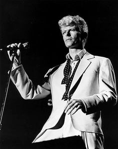 """David Bowie was fearless... These young'ns think they're breaking the mold. No.... Should be tipping their bats to Bowie and Grace Jones for pushing the """"fashion"""" envelope.  Serious Moonight Tour Photo - David Bowie Through the Years 