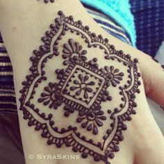 Henna Ideas Mehndi Designs For Eid Mehndi Tattoo, Henna Tatoos, Henna Ink, Henna Body Art, Henna Tattoo Designs, Henna Mehndi, Hand Henna, Mandala Tattoo, Mandala Sleeve