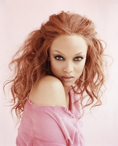 Tyra Banks. Amazing hair !