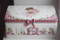 Wooden personalized baby keepsake box by Diumont on Etsy, $59.00