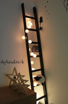 DIY make a deco scale yourself (+ trunnion assembly technique Bedroom Decor, Wall Decor, Home Look, Decoration, Ladder Decor, Kids Room, Child Room, Sweet Home, Assemblage