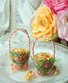 easter paper scraps | ... cup vintage replica with litho scrap and pleated crepe paper handles