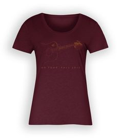 John Prine's Official 2015 Fall T-shirt for Women in red. Featuring an image of John's guitar and includes all tour dates from in Moorehead, MN to in Arcata, CA. John Prine, Fall 2015, T Shirts For Women, Mens Tops, Stuff To Buy, Fashion, Moda, La Mode, Fasion