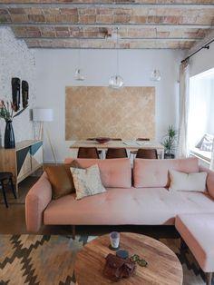 Un apartamento con techos abovedados y mucho encanto