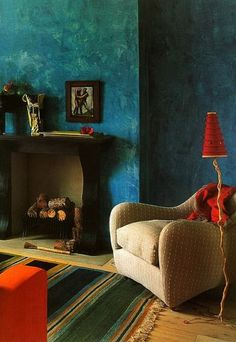 Love the wall color Tricia Guild Tricia Guild, Living Spaces, Living Room, Interior Decorating, Interior Design, Decorating Ideas, Home And Deco, Wall Colors, Colorful Interiors