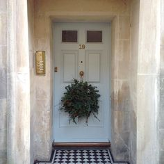 Come and learn how to make natural door wreaths with @flowersbypassion of #Bath - our workshop is on 17th December from 7pm onwards and it includes supper and wine too! See http://ift.tt/1Nnyn9i for details or email us at info@thefoodiebugle.com to buy a  ticket by thefoodiebugle