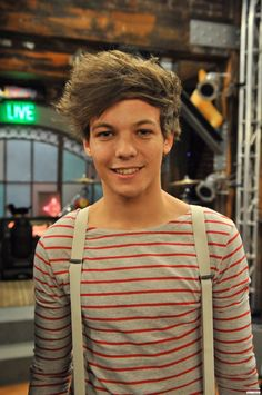 Louis Tomlinson = definition of a twink