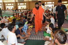 youths Taking blessings of #Yoga guru swami Ramdev at #Yuva Shivir #Patanjali Yogpeeth, #Haridwar