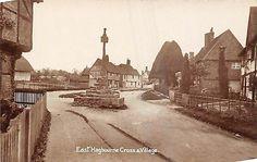 https://www.ebay.co.uk/itm/POSTCARD-OXFORDSHIRE-EAST-HAGBOURNE-Cross-Village-RP/202243994117?hash=item2f16ae7205:g:IMwAAOSwbWZaaiVo