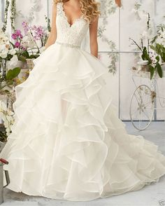 robe de mariée volutes d'organza