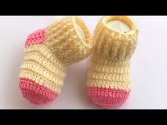 Crochet Baby Socks, Baby Booties Knitting Pattern, Baby Hats Knitting, Hand Crochet, Knitted Hats, Knitting Patterns, Hello Ladies, Baby Cardigan, Cute Kids