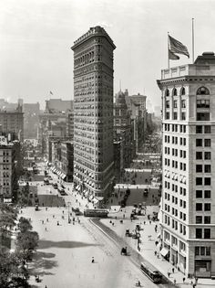 """August 1909. """"The Flat Iron building, New York."""" Yet another iteration of everyone's favorite proto-skyscraper."""