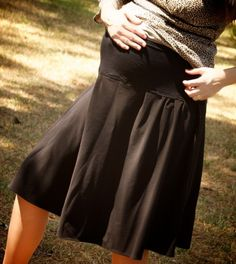 I made a fun, cute and flirty maternity skirt that I made from a regular skirt. Now it's your turn. Here's how to turn any skirt into a. Sewing Maternity Clothes, Maternity Skirts, Maternity Outfits, Apostolic Fashion, Apostolic Style, Pregnancy Band, Skirt Tutorial, Your Turn, Cycling Outfit