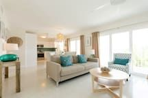 Clearwater Beach Modern Waterfront - Apartments for Rent in Clearwater Beach