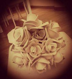 Palla di rose in gomma crepla