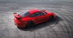 Betreten Sie Orte, die absoluter Geheimhaltung unterliegen, sehen Sie sich um oder nehmen Sie auf dem Beifahrersitz des neuen 911 GT3 Platz.