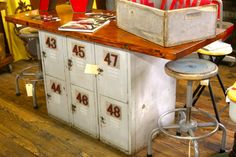 Page Not Found - The Handmade Home Furniture Projects, Furniture Makeover, Diy Furniture, Diy Projects, Furniture Vintage, Vintage Decor, Repurposed Items, Repurposed Furniture, Painted Furniture