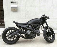 Ducati scrambler もっと見る