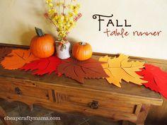 Caminos de mesa de fieltro para otoño con forma de hojas 4