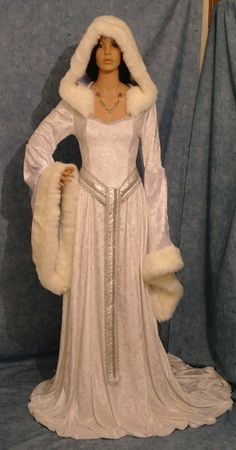 would be a cool winter wedding dress! medieval dress renaissance dress snow queen by camelotcostumes - red evening dresses, peach dress outfit, dress sale *ad Snow Queen Dress, Snow Dress, Dress Up, Medieval Fashion, Medieval Clothing, Medieval Gothic, Medieval Gown, Gothic Steampunk, Steampunk Clothing