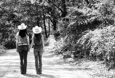 Best Friends Photoshoot like my Page to see more! Dawn White Photography www.facebook.com cowboy boots and cowboy hats