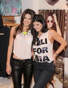 Kendall and Kylie Jenner's style is so hot love it.!