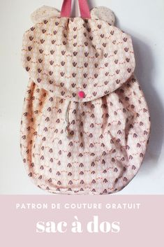 Child backpack free pattern - Free pattern to sew a child& backpack with mouse ears - Scrap Yarn Crochet, Wire Crochet, Fanni Stitch, Crochet Projects, Sewing Projects, Maxi Dress Tutorials, Wire Jewelry Patterns, Fleece Hats, Baby Couture
