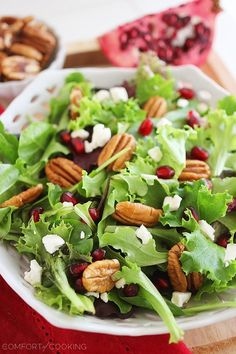 Mixed Green Salad with Pomegranate Seeds, Feta and Pecans. Even though the feta is not Paleo I treat myself and use it. Pomegranate And Feta Salad, Pomegranate Seeds, Fruit Salad, Green Salad For Thanksgiving, Balsamic Vinaigrette Recipe, Balsamic Vinegar, Suddenly Salad, Green Salad Recipes, Cooking Recipes