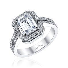 Stunning engagement ring!