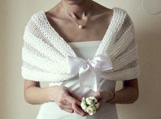 Capa de punto blanco romántico de la boda nupcial por NastiaDi