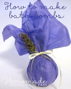 Bubblelicious bath-bomb bliss! {How to make bath bombs} from Homemade Gifts Made Easy