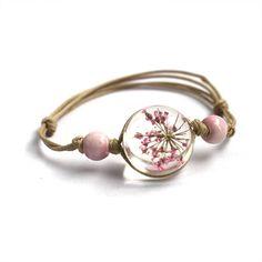 New Glass Ball Bracelet Jewwlry Wholesale Women Romantic Dry Flowers Bracelet & Bangle For Pretty Girls Gift Resin Bracelet, Flower Bracelet, Metal Bracelets, Bangle Bracelets, Bangles, Flower Earrings, Cute Jewelry, Women Jewelry, Jewelry Shop