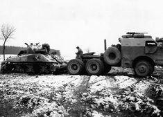 "bmashina: ""American armored truck ""Dragon Wagon"" is going to tow the wrecked Sherman. Ww2 History, Military History, Motor Radial, Dragon Wagon, Ww2 Weapons, Motor Diesel, Armored Truck, Sherman Tank, Ww2 Photos"