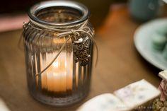 Um pingente de corujinha+ um vaso = um candelabro lindo!