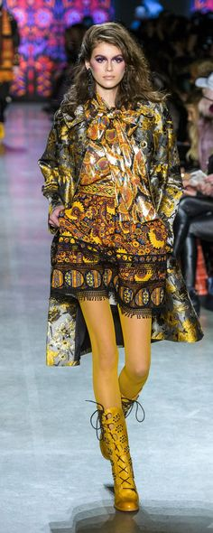 Anna Sui Fall-winter 2018-2019 - Ready-to-Wear - http://www.orientpalms.com/Anna-Sui-7106 - ©ImaxTree