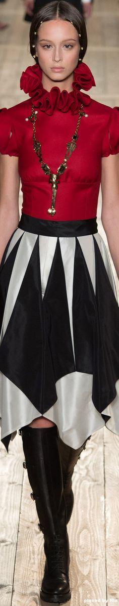 Valentino FW 2016-17 Couture l Ria