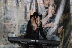 Ausbildung zum Vocalcoach: März 2018 - Lady Gaga wollte auch mal bei einer Open Stage dabei sein.  #POWERVOICE #singoriginal #musik #Gesangsausbildung #hamburg #ausbildung #vocalcoach #blogger #bloggerlife #ladygaga