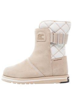 ¡Consigue este tipo de zapatos abiertos de Sorel ahora! Haz clic para ver  los 350a86a20e7