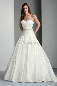 Robe de mariée naturel formelle robe bouffante ruché de princesse