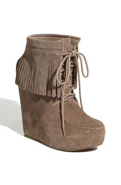Steve Madden Moc Bootie, im obsessed Shoes Too Big, Pretty Shoes, Fringe Boots, Leather Fringe, Suede Leather, Moccasin Boots, Sneaker Heels, Sneakers, Unique Shoes