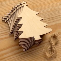 10 wooden Christmas trees made from lovely smooth Birch wood. They each measure 7.3cm (w) x 9.7cm (h) and are ideal to be used as hanging decorations or