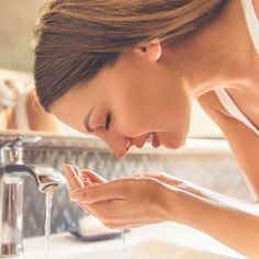 The Right Way To Get Rid Of Blackheads, According To A Dermatologist Coping With Stress, How To Relieve Stress, Reduce Stress, Diy Skin Care, Skin Care Tips, Facial Muscles, Get Rid Of Blackheads, Cleansing Mask, Sensitive Skin Care