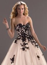 Free shipping manufacturers selling princess dress, black flower applique/hand, fold belt small trailing the bride wedding dress