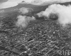 GUATEMALA EN FOTOGRAFIA: TIKAL,IZABAL,CIUDAD GUATEMALA,SOLOLA,QUICHE - EL PASADO DE GUATEMALA