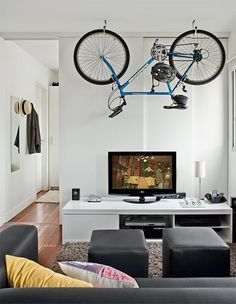 bike living room storage design Top 25 Bike Storage Solutions Into Your Home Small Apartment Hacks, Small Apartments, Apartment Living, Small Spaces, Small Rooms, Apartment Design, Living Rooms, Studio Loft, Bike Storage Solutions
