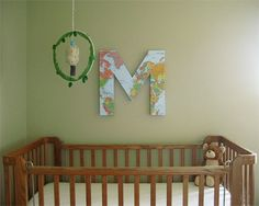 - Map Monogram: Shown here in a nursery, this DIY is really a treat for all ages. … Map Monogram: Shown here in a nursery, this DIY is really a treat for all ages. You can also start with smaller, cardboard letters to save yourself several steps. Diy Wall Art, Home Decor Wall Art, Diy Wall Decor, Art Decor, Diy Home Decor, Diy Wand, Cardboard Letters, Do It Yourself Home, Easy Diy