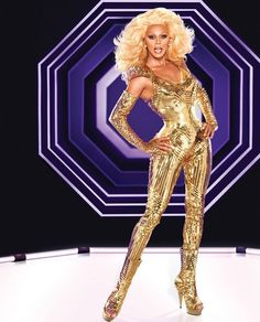 RuPaul is a more convincing drag queen than Michelle Obama Taylor Dayne, Tommy Boy, Drag Queens, Faith Hill, Diana Ross, Lady Gaga, Mtv, Drag Race Season 5, Divas