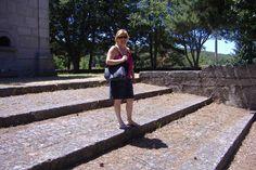 Bem disposta, junto a uma ermida, Montalegre 2009